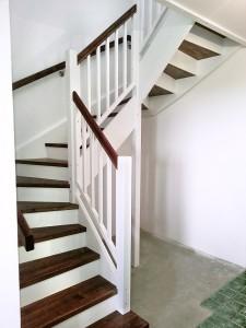 schody biale 2_1_male