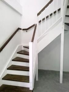 schody biale 2_2_male